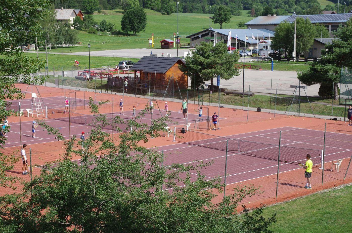 Terrains tennis Autrans